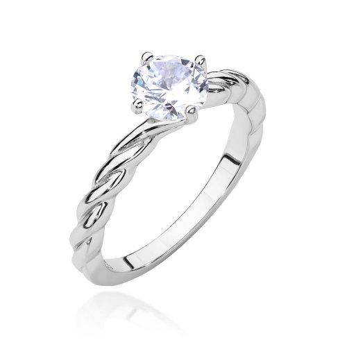 Dlaczego warto nosić srebrne pierścionki?